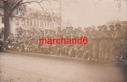 A Trouvé Identifié!! Allemagne Carte Photo Militaire Troupe Groupe Se Trouvais Avec Un Lot Dont Une Etait Sinsen - Cartoline