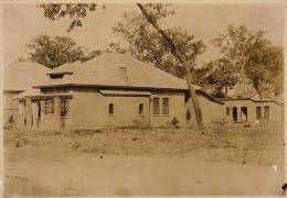 Grande Photo Ancienne Afrique Congo CSK Maison Type N°1 Pour Chef De Service 1922 - Autres Collections