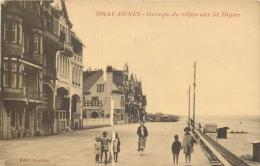 TOP 1095   CPA BRAY DUNES Groupe De Villas Sur La Digue       Belle Carte - Bray-Dunes