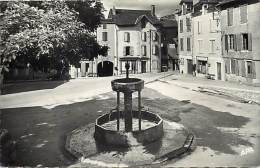 Depts Div.- Tarn - Y548 -  Lacaune - La Place Du Griffoul - Fontaine - Restaurant - Boucherie Pistre - Carte Bon Etat - - Frankreich