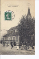 1 Cpa. Bécon-les-Bruyères. Chapelle Saint-Charles. Marchand Ambulant. Sortie D'église - Autres Communes