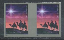 USA. Scott # 4945b, MNH Pair Imperforate. Christmas Magi From Booklet 2014 - Etats-Unis