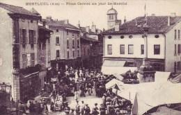 01 - Carte Postale Ancienne De     Montuel     Place Carnot Un Jour De Marché - Montluel
