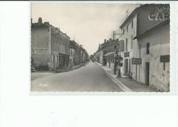 79 BRIOUX Sur BOUTONNE  La Grande Rue , Sellerie , Commerce , Pompe A Essence - Brioux Sur Boutonne
