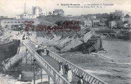 (64) Biarritz - Le Sémaphore, La Passerelle Et Les Villas Du Vieux Port - Excellent état - 2 SCANS - Biarritz