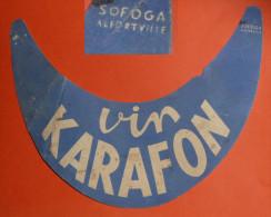 Rare Ancienne Visière Casquette Publicitaire En Carton Pub Vin CARAFON, Sofoga Alfortville - Caps
