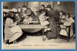 78 - EPONE --  L'Avenir Social - La Salle De Couture - Epone