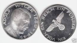 GERMANIA Adolf Hitler WWII Coin Medal Eagle GERMANY - Germania