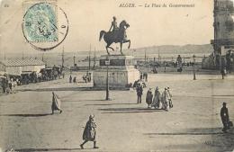 ALGERIE  716      CPA  ALGER  La Place Du Gouvernement      Belle Carte - Algerien