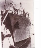 Batiment Militaire Marine Francaise Contre Torpilleur Trombe 1942 Retirage - Boats