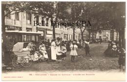 31 - TOULOUSE - Square Du Capitole - L'Allée Des Nounous ++++ Labouche, #196 / PUB Labat & Gaubert +++ - Toulouse