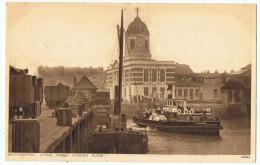 Bateau  à Aubes     Southampton - Ferries