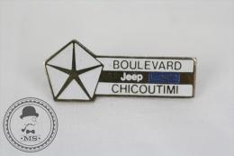 Jeep Eagle - Boulevard Chicoutimi - Advertising Pin Badge #PLS - Otros