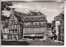 CENTRE VILLE ( Commerces Rues Animées ) COLMAR 68 - Rue Des Serruriers ( Epicerie Kubler ) CPSM Dentelée GF - Haut Rhin - Colmar