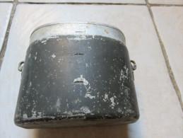 Gamelle Allemande Marquée AWG 38, Sans Couvercle - 1939-45