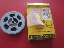 TOULON VAR 1956 France Bobine Film Amateur sc�ne localis�e Kodak 8 mm cin�matographie envoi postal EMA