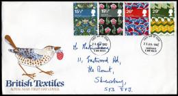 GB 1982 - Textilmuseum / Vögel, Blumen - FDC - Textil
