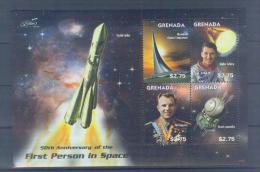 T12 Grenada Gagarin 2011 Souvenir Sheet MNH - Space