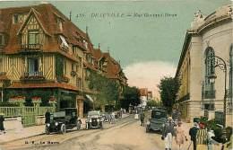 DEAUVILLE. RUE GONTAUD-BIRON. SUGGESTIVA CARTOLINA DEL 1925 - Deauville
