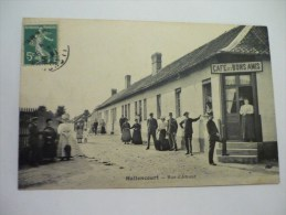 Hallencourt : Rue D´Amour Café Des Bons Amis - France