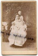 - Magnifique Photo Ancienne, Mère, 3 Enfants, Jumeaux, Famille Royale ?, Née Matlekovits, Budapest, Hongrie, TBE, Scans. - Ancianas (antes De 1900)