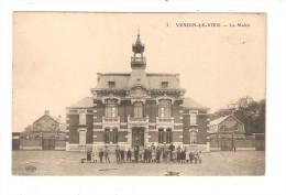 CPA : 62 - Vendin Le Vieil - La Mairie - Maire - Les écoles De Chaque Côté - Animation - Francia