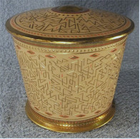 Jacobs Kaffee Blechdose  -  Alt  -  Goldfarbiges Metall  -  Mit Muster  -  Durchmesser Ca. 12 Cm - Dosen