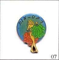 Pin´s - Pin´ Up - Pin´Up N# 07. Est. Ananas Production. Epoxy. T310-07 - Pin-ups