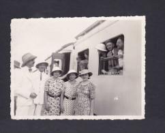 Photo Originale - Congo Belge - Le Train Blanc à Leopoldville ( Animée Colons Chemin De Fer Photo Diamantino & Cie) - Kinshasa - Léopoldville