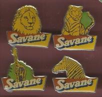 40816-serie De 4 Pin's.Gateau Savane.alimentation.lion. Tigre.zebre.girafe.. - Alimentation