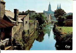 14 BAYEUX : Rives De L´AURE, Lavoirs, Anciennes Teintureries, La Cathédrale /CPM Voyagée 1987/IMBRE B Vert / Bon état - Bayeux