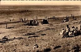 50-GONNEVILLE-BLAINVILLE..LA PLAGE..L'HEURE DU BAIN...CPSM PETIT FORMAT ANIMEE - Autres Communes