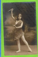 Lucienne Gaget Danseuse ballet. Th�atre Royal d'Anvers 1910?