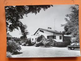 V09-83-C-var-les Arcs-relais Franc-comtois-voiture-- - Autres Communes