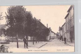 [77] Seine Et Marne (Mitry-Mory) MITRY Rue De La République (année 1915)(Editions : Susset Quincailler)*PRIX FIXE - Mitry Mory