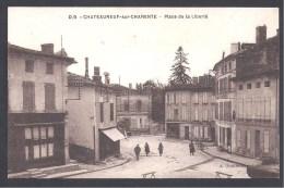 CHATEAUNEUF - Place De La Liberté - Chateauneuf Sur Charente