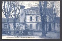 CHATEAUNEUF - Monument Aux Morts Et Ecoles - Chateauneuf Sur Charente