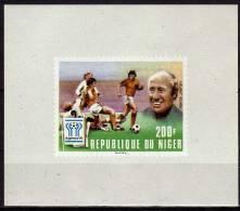 NIGER  Epreuve De Luxe N° 421 * *  NON DENTELE     Cup 1978    Football  Fussball Soccer - Copa Mundial
