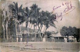 NOUVELLE CALEDONIE DOM TOM  NOUMEA LA DIRECTION DU PORT  TIMBRE  ENLEVE - Nouvelle Calédonie