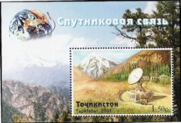 Tajikistan,  Scott 2015 # 172,  Issued 2001,  S/S Of 1,  MNH,  Cat $ 3.75,  Space - Tajikistan