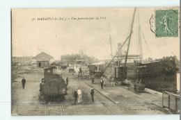 MARANS - Vue Panoramique Du PORT - Chargement Des Bateaux Par Trains - Beau Plan - 2 Scans - France