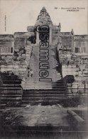 Asie > Cambodge - Souvenir Des Ruines D'ANGKOR (long Escalier Animé). - (voir Scan). - Cambodia