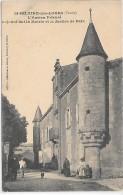 SAINT HILAIRE DES LOGES - L'ancien Prieuré  Aujoud'hui La Mairie - Saint Hilaire Des Loges