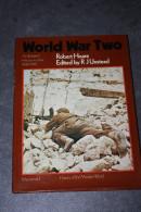 "Beautiful Book 1973 ""Word War Two"" By R. Hoare In English WWII - Très Beau Livre Sur La Deuxième Guerre Mondiale WW2 - Guerre 1939-45"