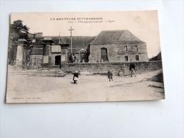 Carte Postale Ancienne : PLOUGUERNEVEL : L' Eglise , Animé , Enfants, En 1918 - France
