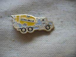 Pin´s Camion à Béton, Toupie UNIMIX - Transportation
