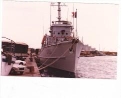 Batiment Militaire Marine Francaise  A 701 Ajonc A Bastia 1981 - Boats