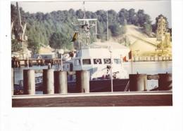 Batiment Militaire Marine Francaise  A 712 Athos A Bayonne 1984 - Boats