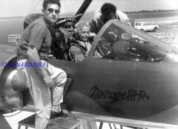 Jacqueline AURIOL Dans Le  Mirage  III R  Dim 24X30 - Aviation