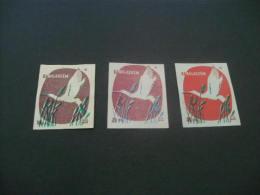 425- Hinged  Hungary -     MSZ   Kanalasgem -  Bird - Matchbox Labels